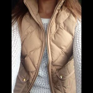 J.Crew Excursion Quilted Vest Tan Small